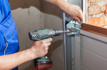 Garage door repair in Stagecoach Ranch Lake Travis, TX
