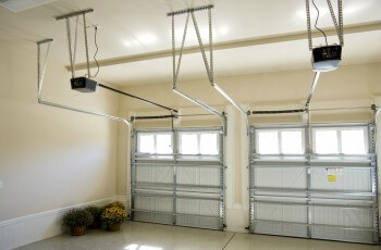 Expert repairs for garage doors in Forest Gabriel Parl