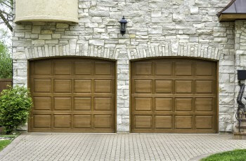 Garage door repair in Round Mountain